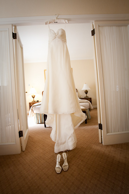 Wedding Pictures at Fairmont Olympic Hotel by Photo Elan